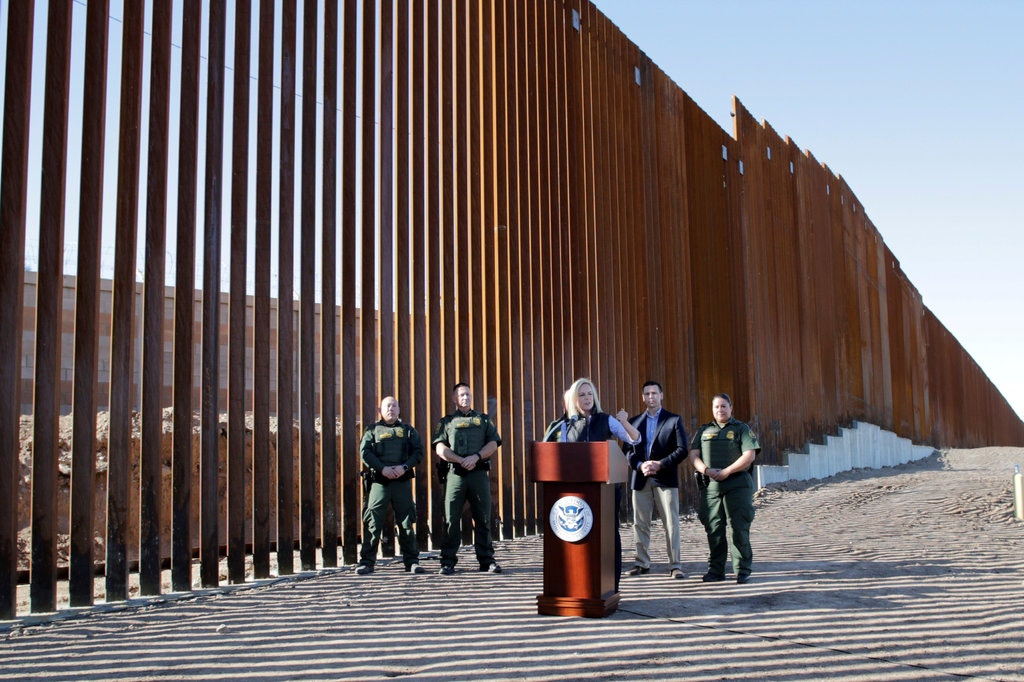 Court Lifts Injunction Against $3.6 Billion of Military Funds for Border Wall