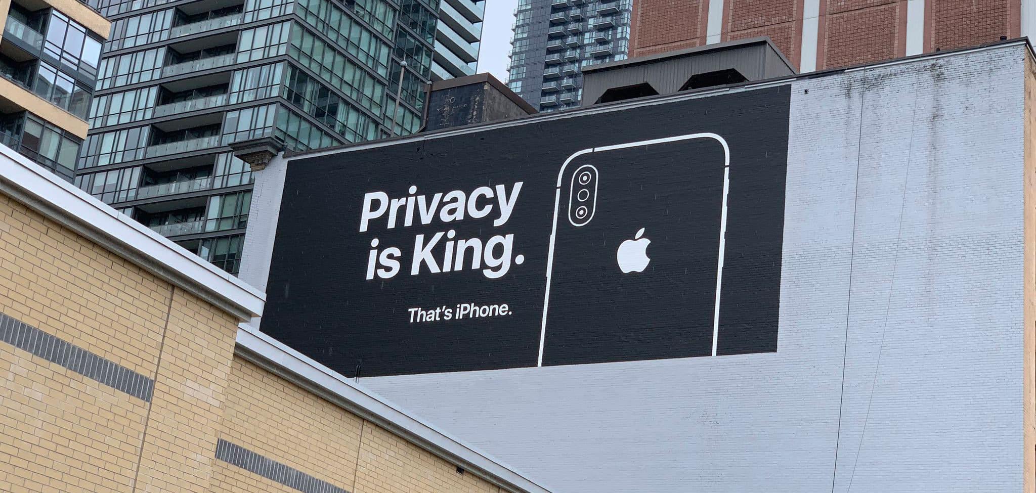Reports Reveal FBI Pressured Apple to Keep Door Open to Customer Data